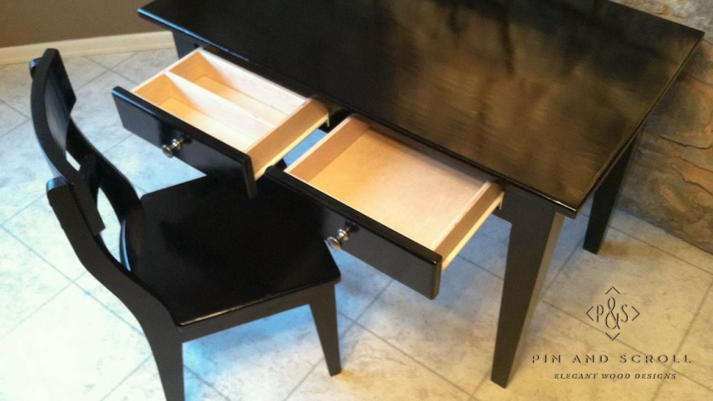 black childs desk and chair 04