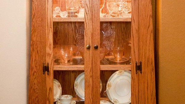 Arts and Crafts Style Oak China Cabinet 02