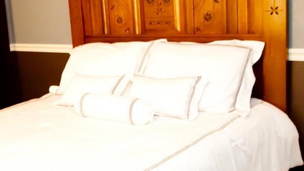 Reproduction Eastlake Style Quartersawn Oak Queen Size Bed 07